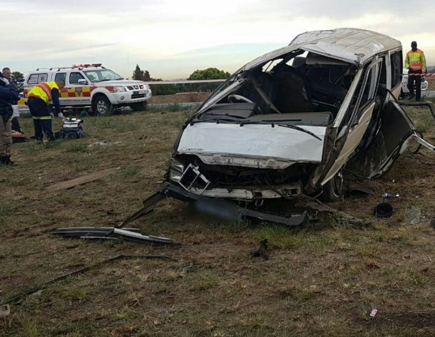Taxi rolls on the R59 South before Swartkoppies Road, South of Johannesburg.