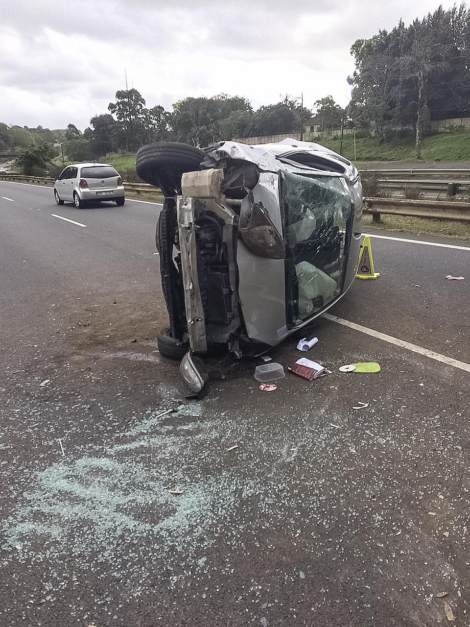 KZN M13 roll-over crash kills driver