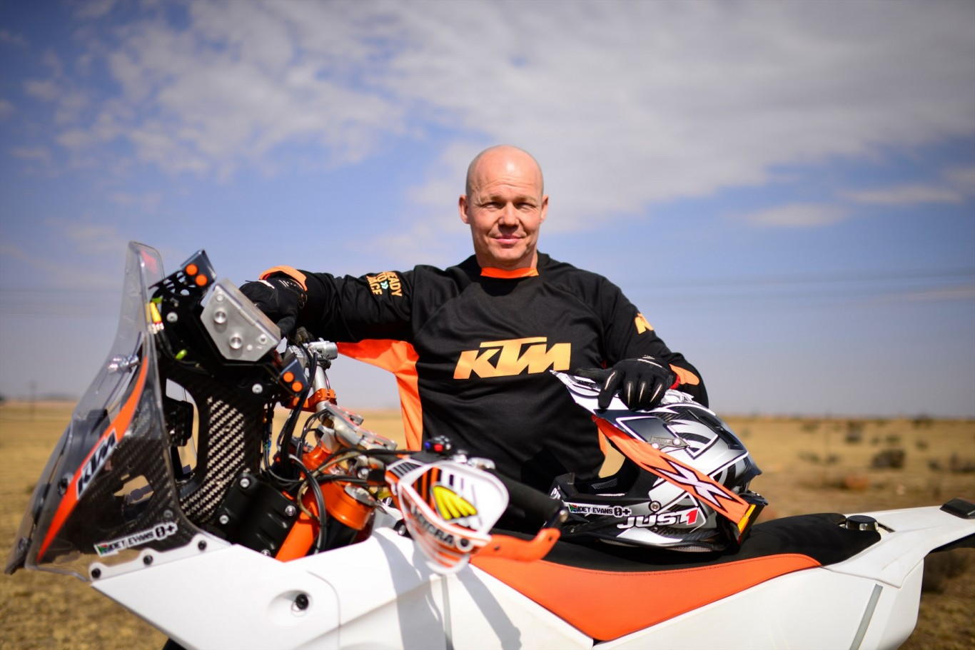From Para to Dakar – The Joey Evans story