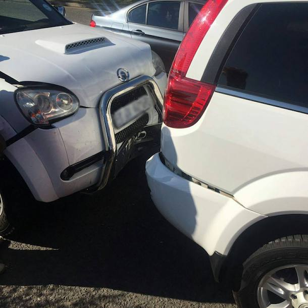 Pregnant woman injured after bakkie rear-ended SUV, Heidelberg Road JHB