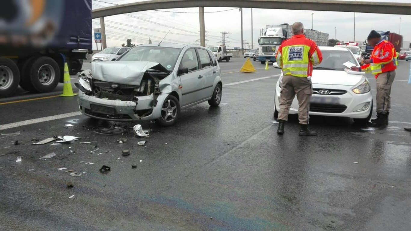 Rear-end collision on the N3 South in the Geldenhuys Interchange, east of Johannesburg.