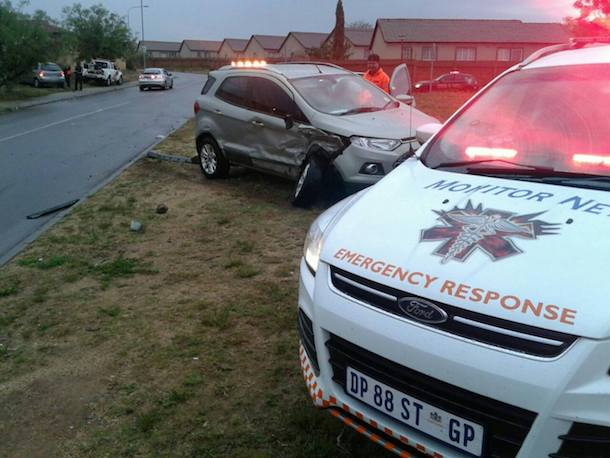 Head-on collision after car loses control in wet weather, Rooihuiskraal North