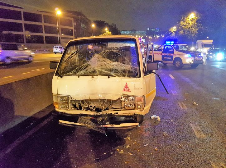 Taxi crashes leave many injured on Friday evening in Durban
