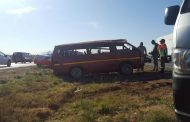15 injured after taxi rolled on N12, Lenasia