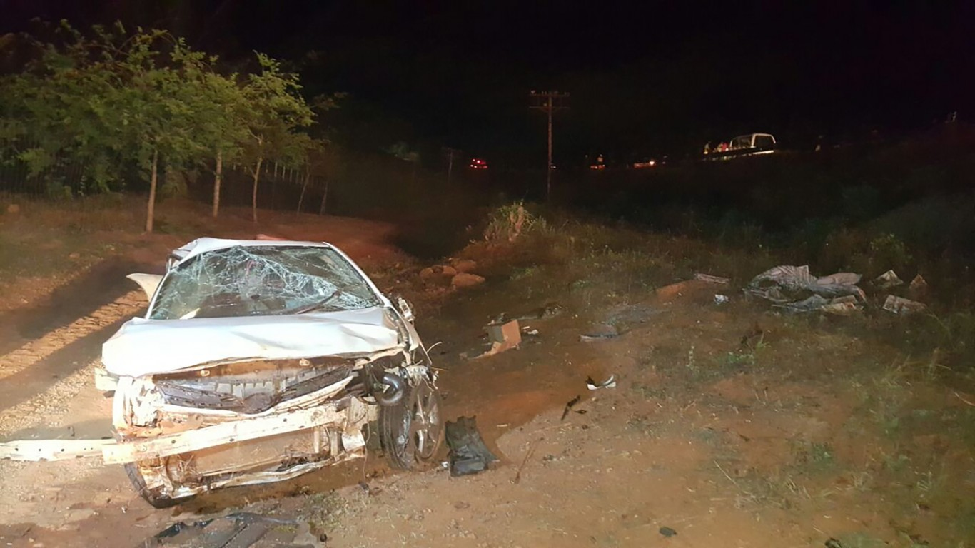 Woman killed in vehicle rollover near Merensky High School in Tzaneen.