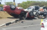 4 people injured after 2 cars collide in Rosettenville, Johannesburg