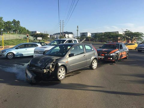 2 people injured when a taxi collides with a car Greenstone