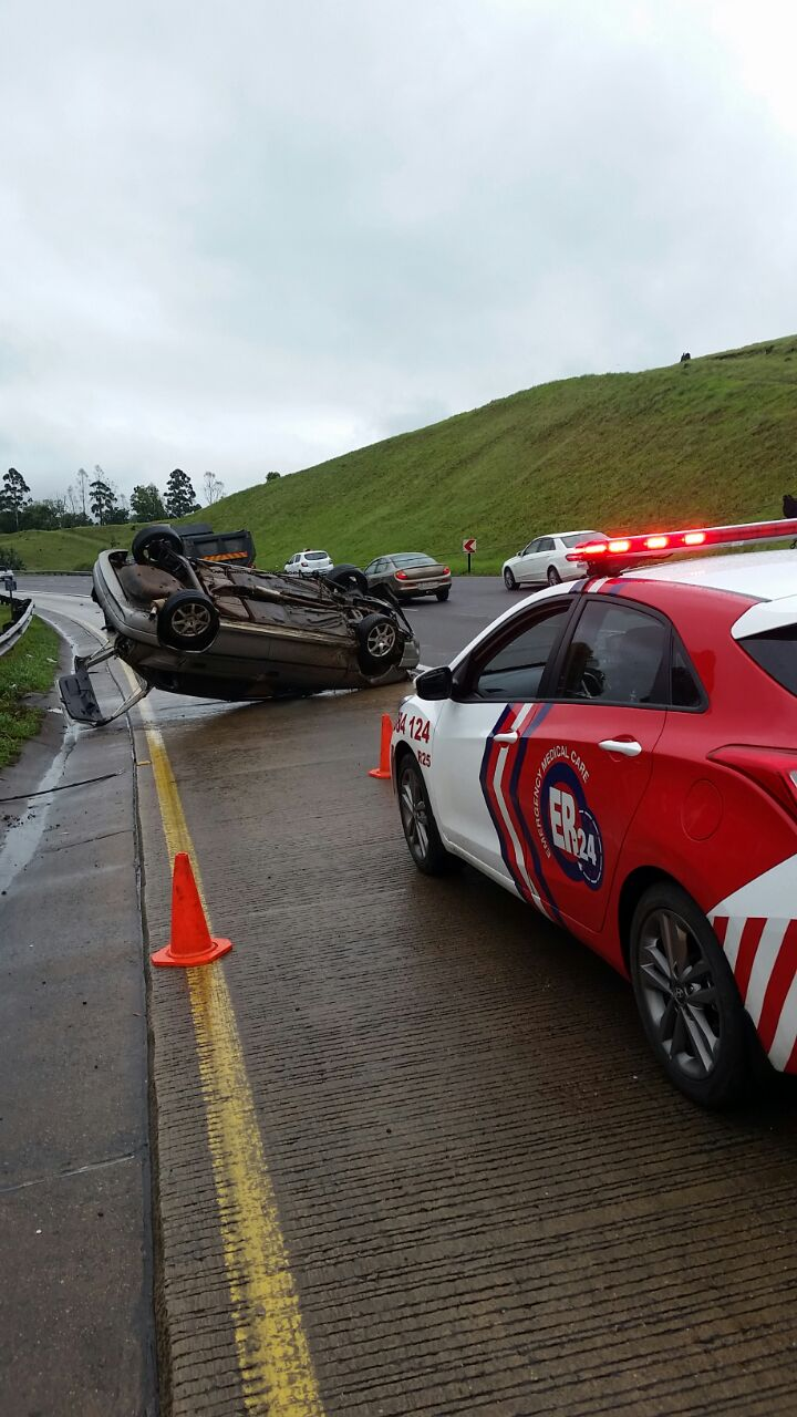 Three men injured after vehicle rolls on the N3 Highway in Peacevale in KwaZulu Natal.