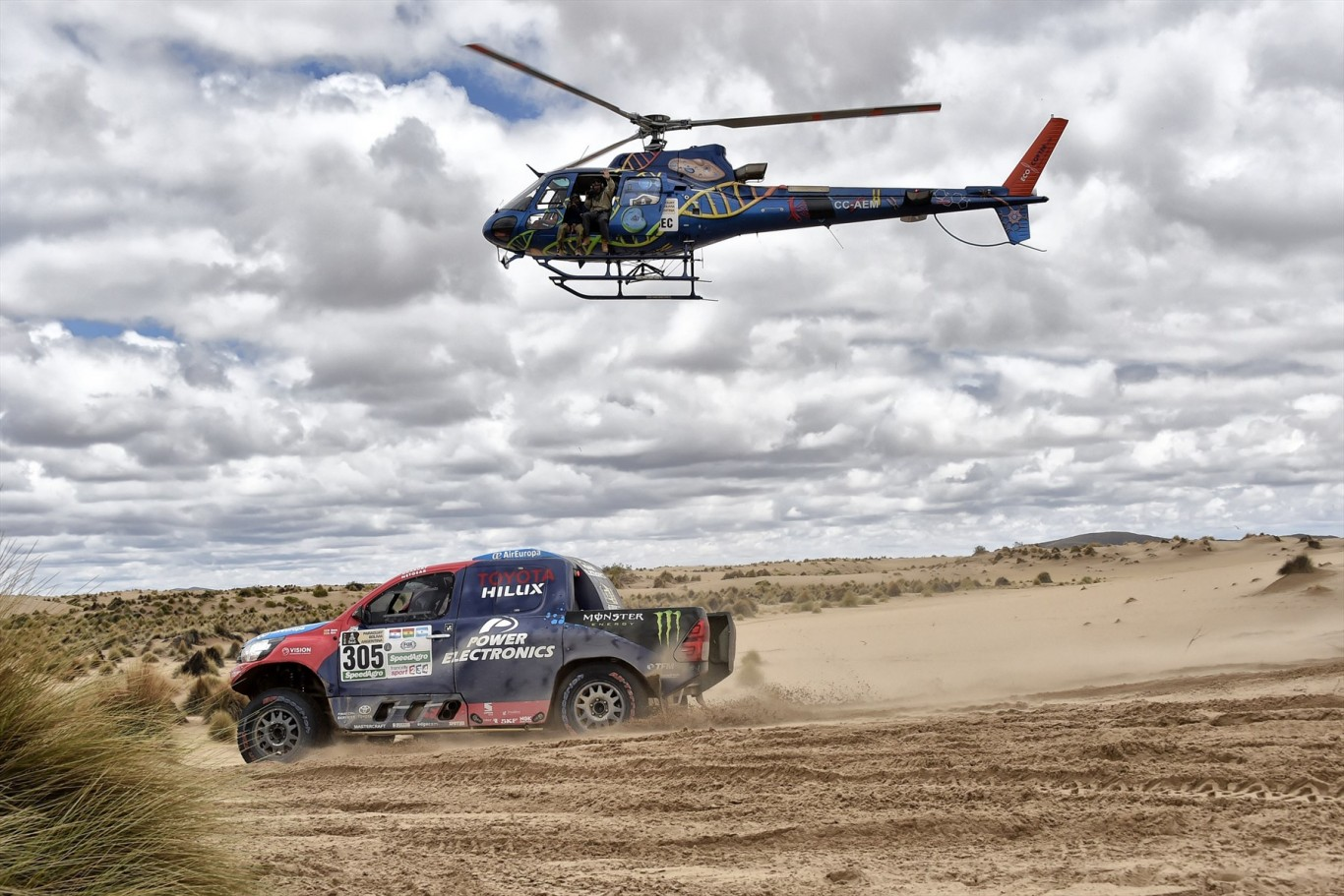 Strong performance by De Villiers and Von Zitzewitz on Stage 7 of Dakar 2017