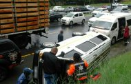 Taxi rollover on the M1 North by the 1st Avenue on-ramp, Houghton
