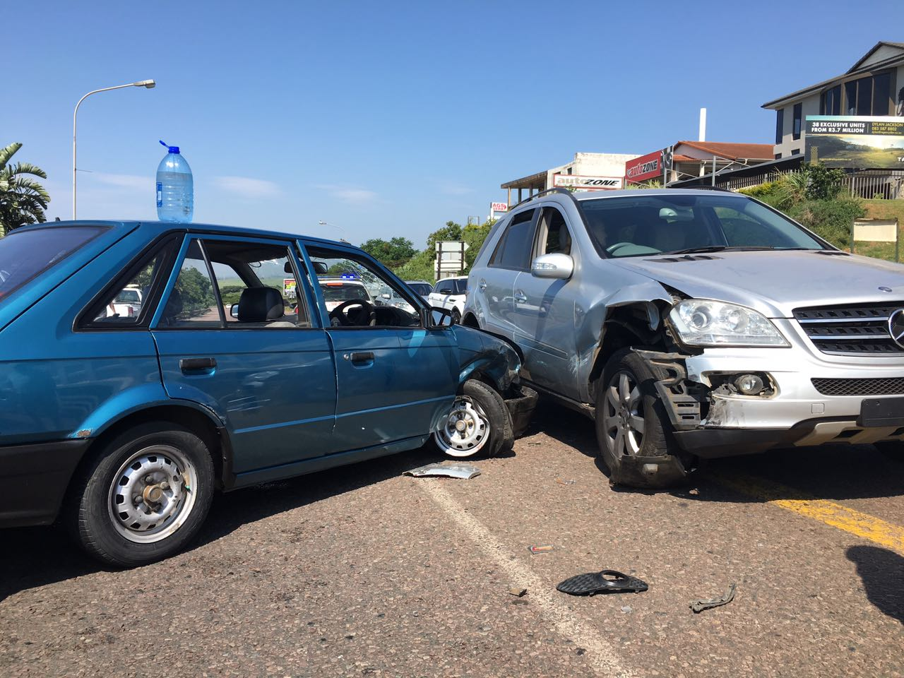 One injured in crash on Leo Boyd Highway and corner Douglas Crowe drive in Ballito