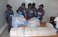 Suspects arrested in major drug bust at a roadblock on the N1 near Colesberg