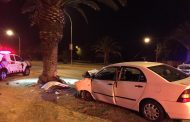 Driver injured in crash into tree on O.R. Tambo (Church) Street, Bloemfontein