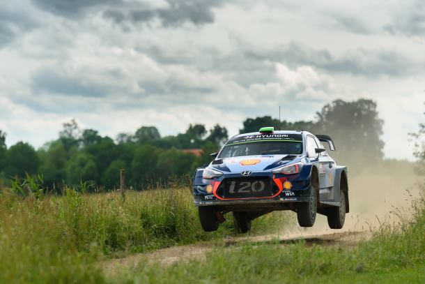 Hyundai 1st and 2nd on podium in Rally Poland