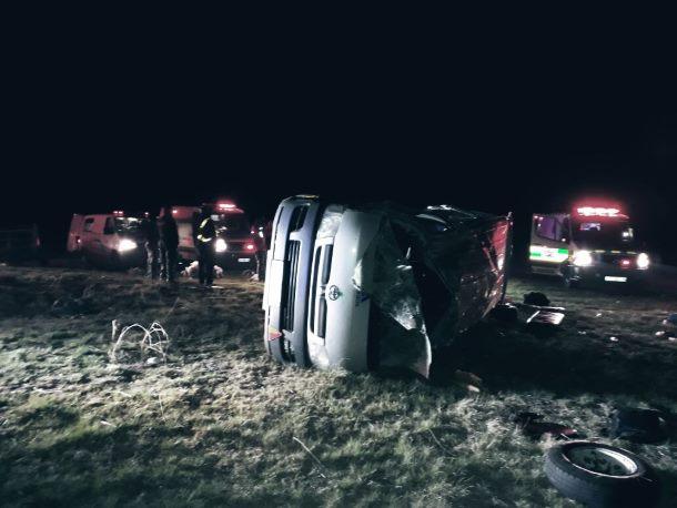 Wonderfontein taxi rolls leaving eleven injured