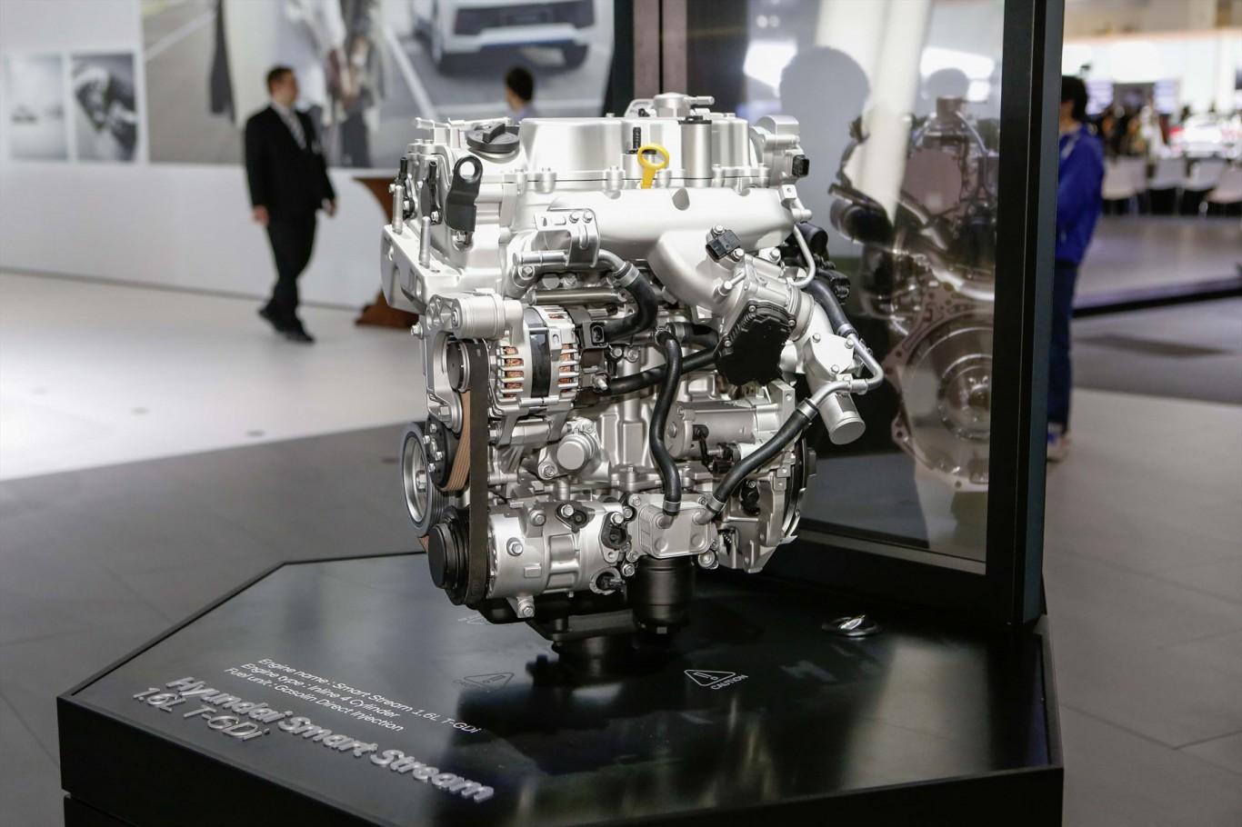 Hyundai reveals 'Smart Stream' engine at Frankfurt Motor Show