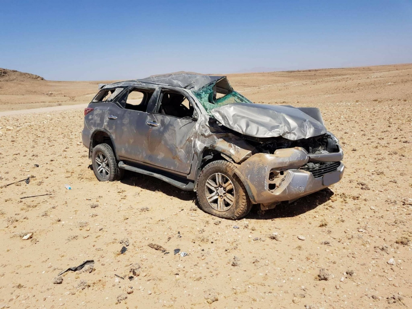British tourists injured in rollover on notorious gravel road towards Walvis Bay