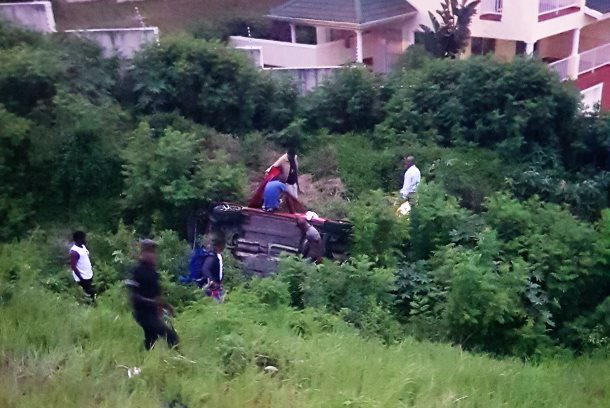 Three injured as car rolls down an embankment near the Gateway offramp