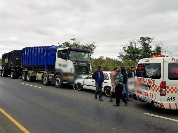 Two injured in Chatsworth head-on collision