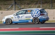 Volkswagen Motorsport turns the table to dominate at Kyalami in Sasol GTC series