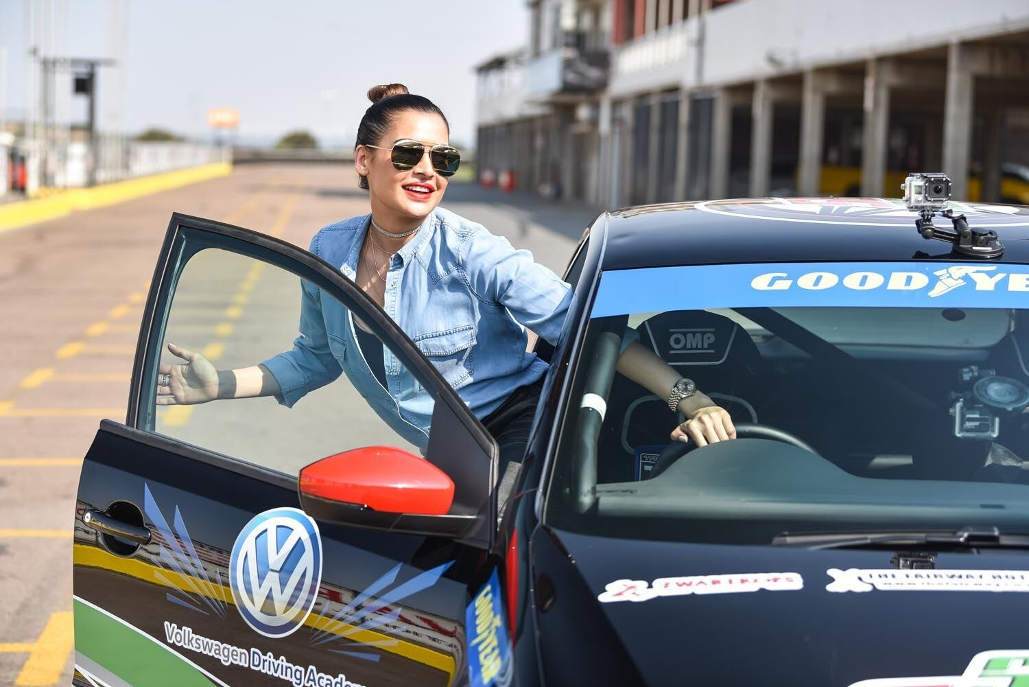 Shashi Naidoo and Zoe Brown take to the track on Speed Stars