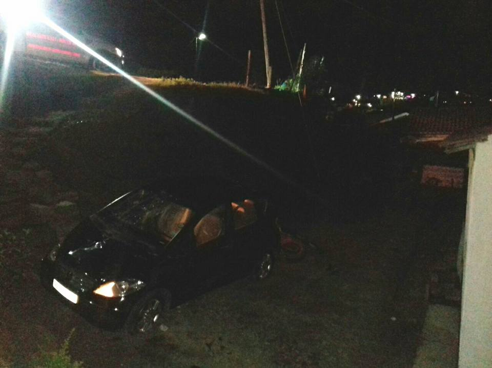 Two Injured In Vehicle Crash down Embankment in Parkgate