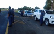 A cross border roadblock was conducted on the N18 road by SAPS