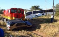 Fortunate escape from injury in road crash at level crossing in Limpopo