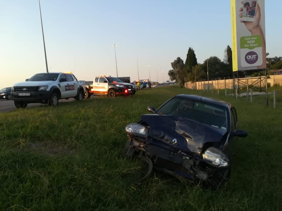 One injured in collision on the N1 South before the Botha Avenue offramp, Pretoria