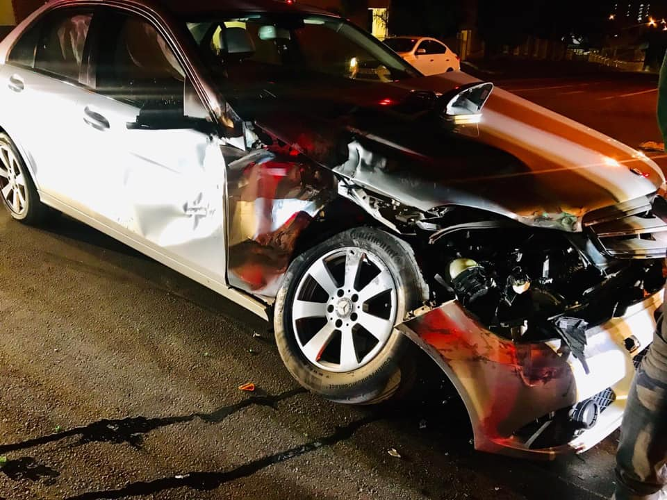 Fortunate escape from injury in road crash at intersection in Randburg