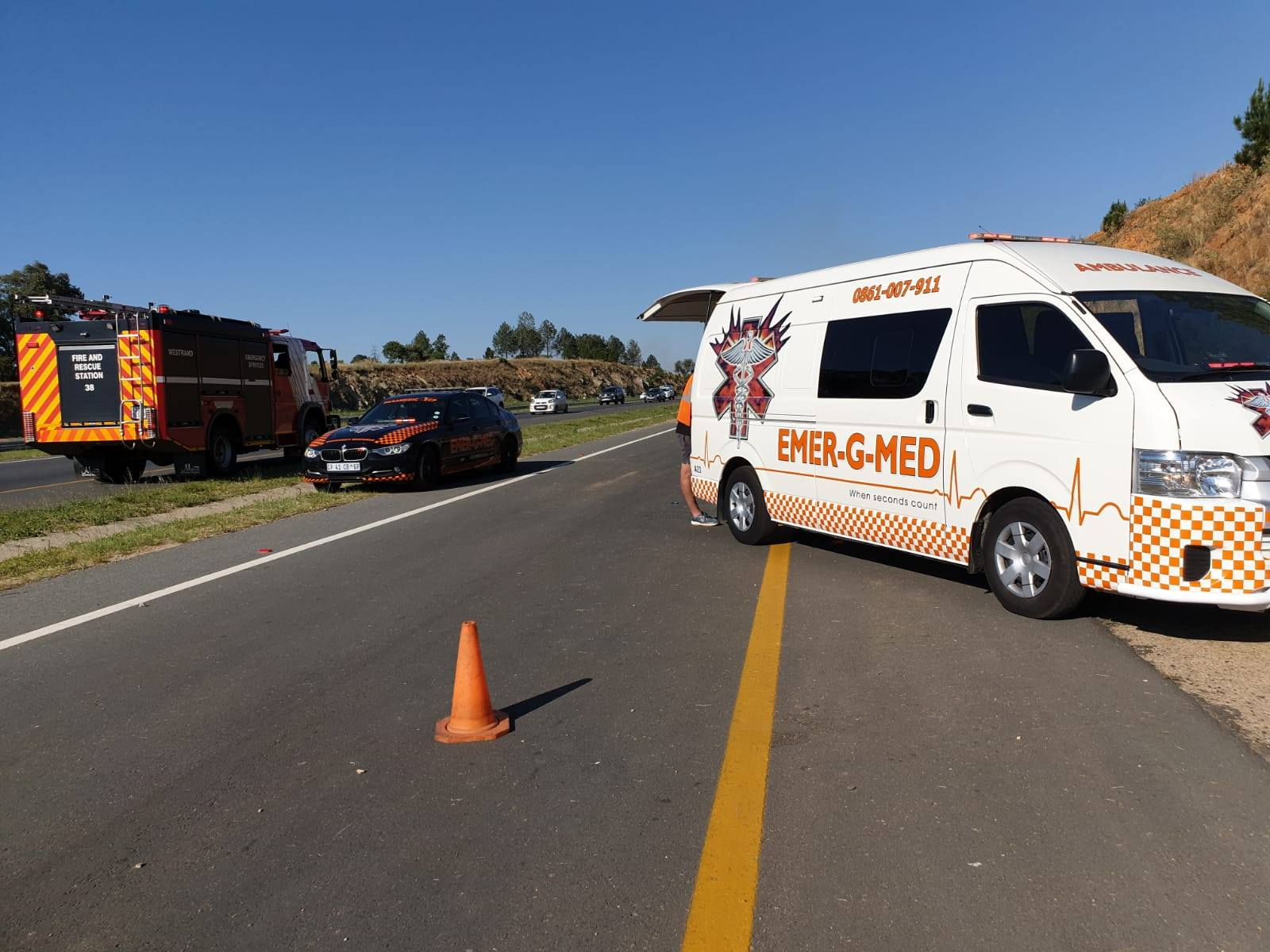 Several injured in road crash in Muldersdrift