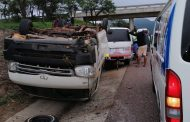 Taxi rollover in crash on the N1 north of the Ranch, Limpopo