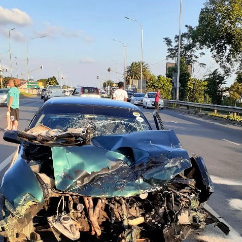 One person injured in a head-on crash in Florida