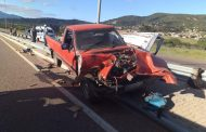 A Bakkie has crashed into a barrier leaving one dead and twelve injured in Moria, Limpopo
