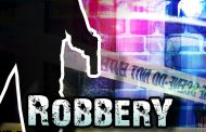 Business robbery suspect nabbed with cash