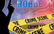St Francis Bay Police launched a manhunt for house robbery suspects