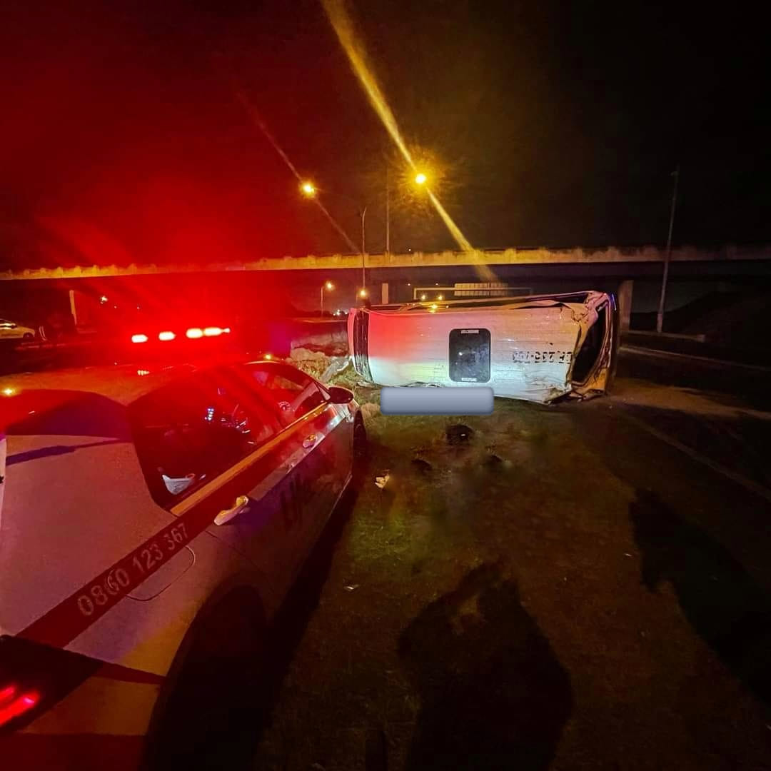 Fatal rollover crash on the N2 outbound, Cape Town | Road ...