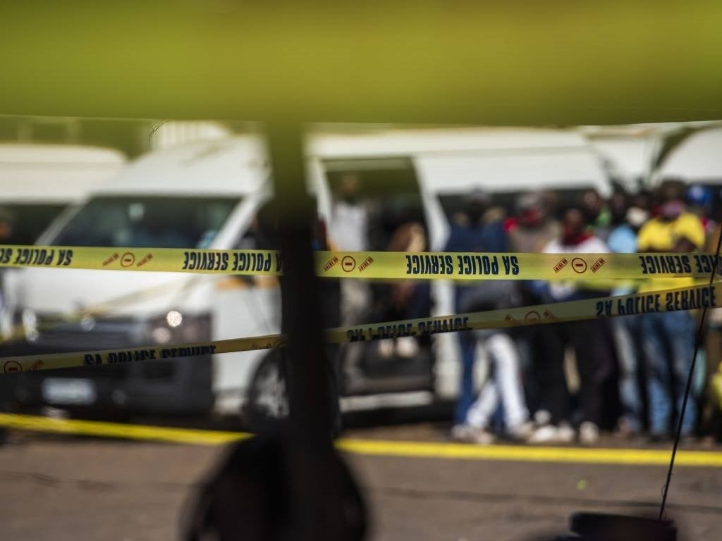 Taxi driver wounded in shooting in Gqeberha